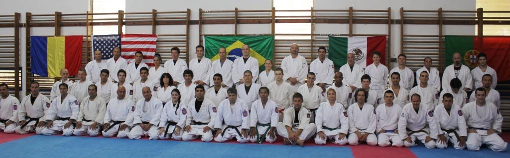 Graduación de Pepe como Cinturón Negro en Winagate Institute Israel, a la derecha del Grand Master Yaron.