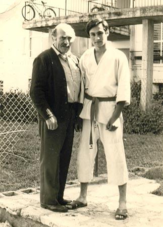 Imi Lichtenfeld con el Grand Master Yaron Lichtenstein